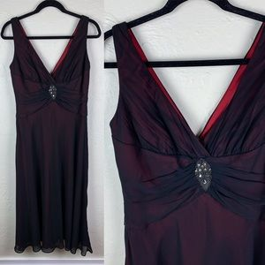 3 FOR $15! Jones Wear Black Red Lined Jewel Gown